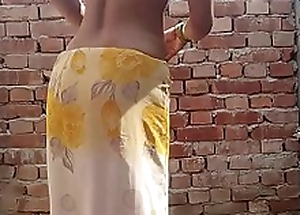 Indian Outdoor Bath Mms Desi Outdoor Sex Village Outdoor