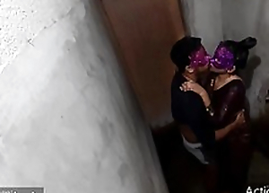 Desi XXX - bhabhi need to fuck from devar give bathroom